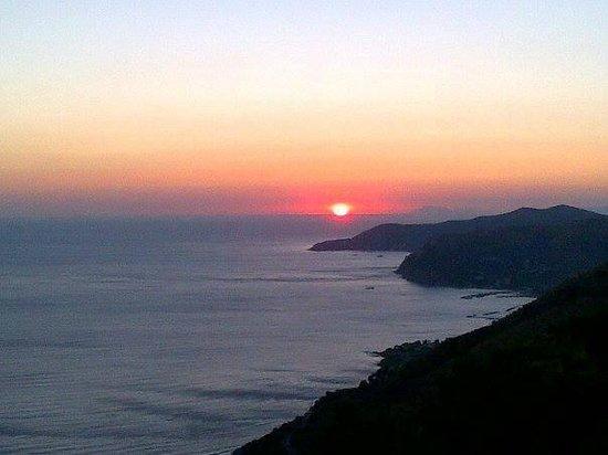 Agriturismo Le Agavi: tramonto