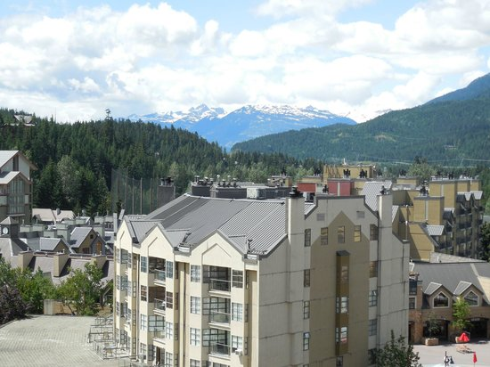 Pan Pacific Whistler Mountainside : Room view