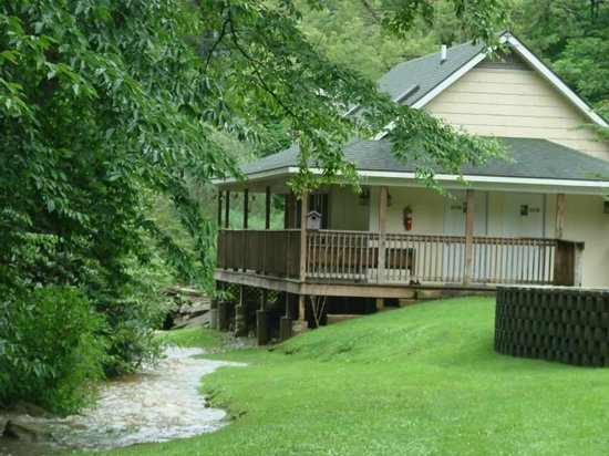 Fries New River RV Park: Bathhouse/office, with porch rockers