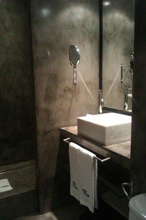 Hotel Pulitzer: Particolare lavabo