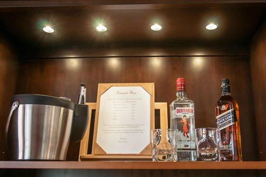Sunny Dom Holiday Villa: Honesty Bar