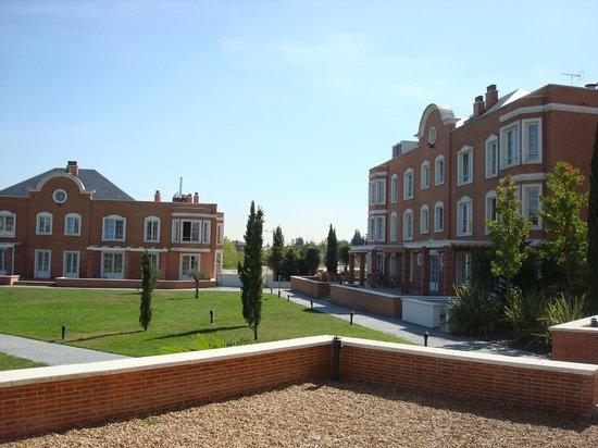 Eurostars Zarzuela Park: vista para o jardim