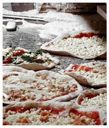 Calzone Pizzeria : elaboración artesanal