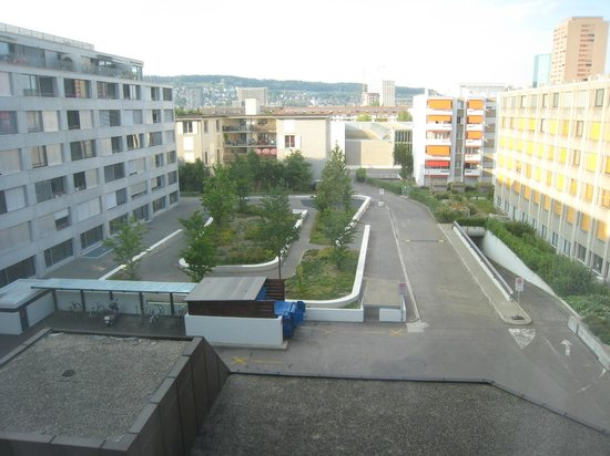 Crowne Plaza Zurich Hotel: View from Room 1436