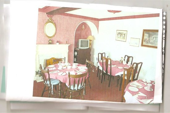 Southend Guest House: dining room