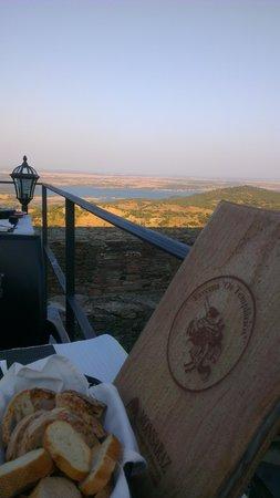 Monsaraz, البرتغال: Vista soberba...