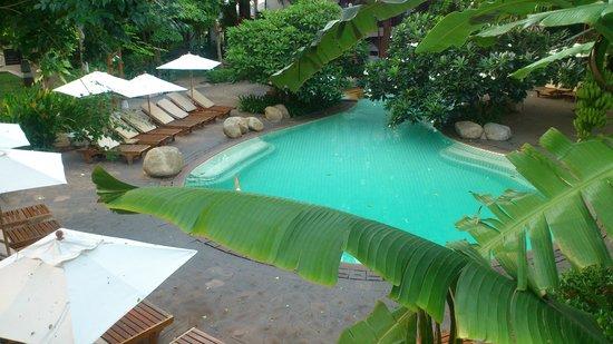 Woodlands Hotel & Resort: Tropical Pool