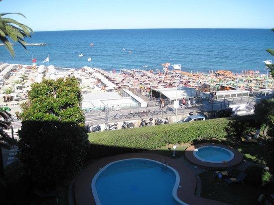 Hotel Garden Lido: \single 306  sea view Garden lido Loano