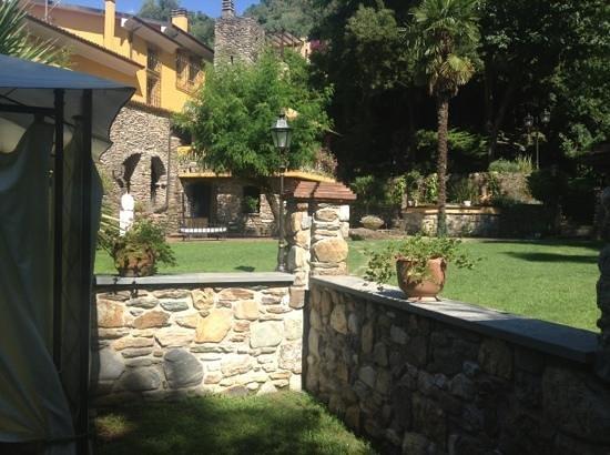 Il Bottaccio: Vista dal giardino privato della suite