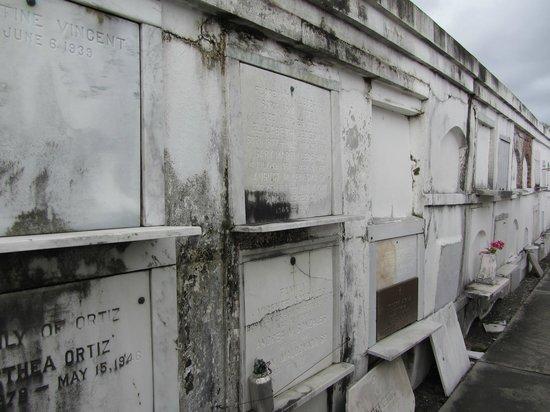 New Orleans Ghost Tour : Cimetière St Louis N°1
