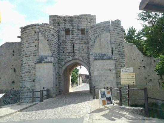 La tour saint jean picture of provins ile de france tripadvisor - Office du tourisme provins ...
