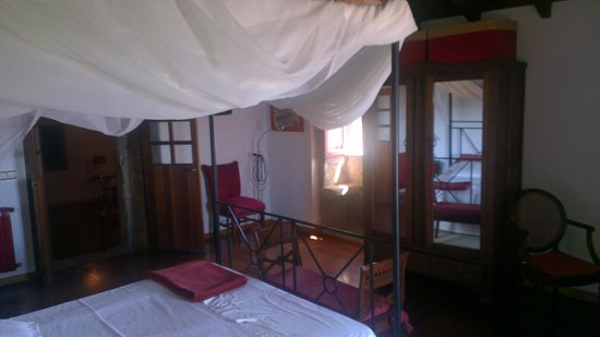 Aldea Bordons: Interior del dormitorio