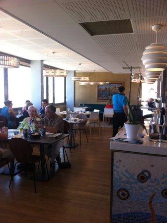 Regards Cafe