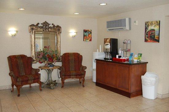 Red Roof Inn Las Vegas: Reception Area