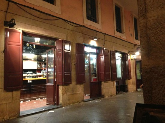 Restaurante bar ambrosio en san sebasti n con cocina otras - Restaurante kaskazuri san sebastian ...