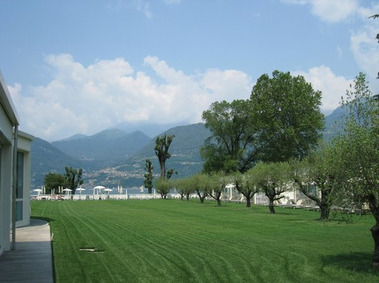 Seven Park Hotel: View of the lake and mountains