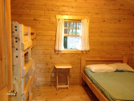 Hartwick Highlands Campground: One room cabin