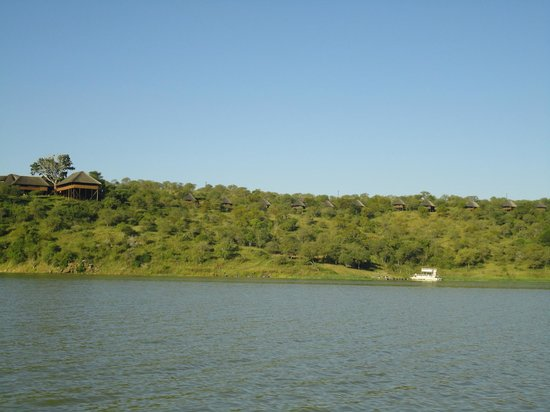 White Elephant Safari Lodge: Views from the boat