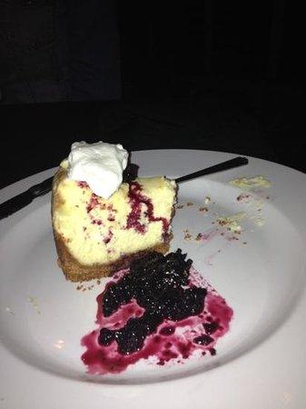 Bill's Restaurant : lemon curd cheesecake!!