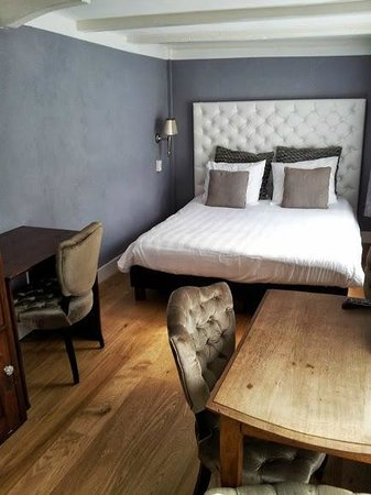 Boutique Hotel Huys van Leyden: Upstairs bedroom in servant's quarters