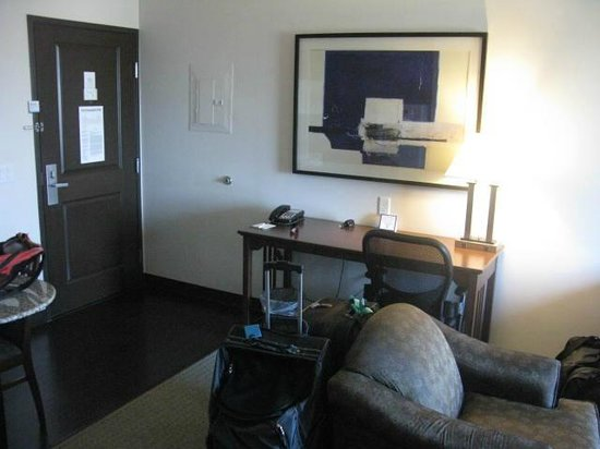 Staybridge Suites Plano - Richardson Area: Entrada a la suite