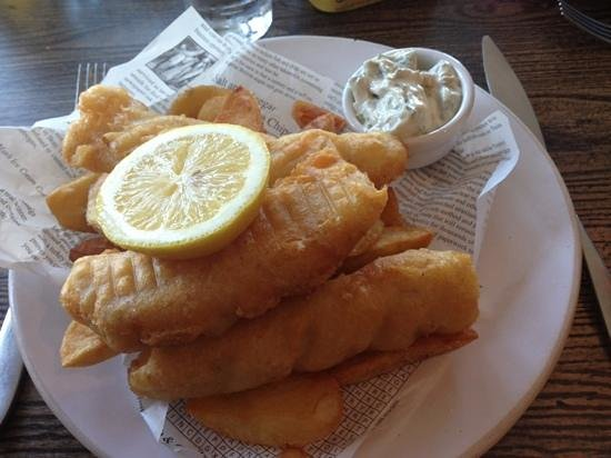 The Boatyard Restaurant: Homemade fish fingers and chips, delicious.
