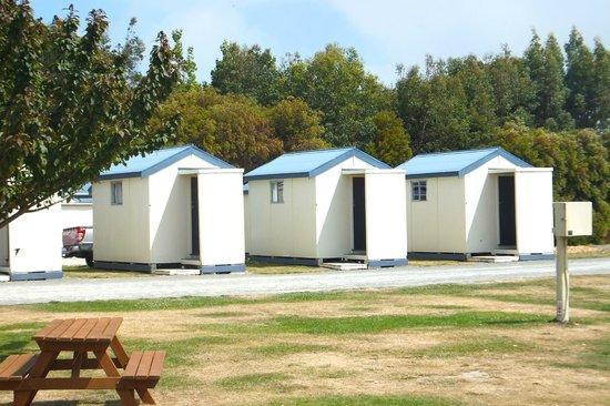 Waitaki Waters Holiday Park: Cabins