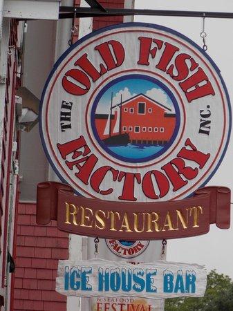 Old Fish Factory Restaurant: Lunenburg, NS