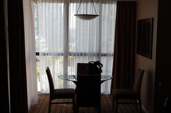 Landis Hotel & Suites: Sala de jantar