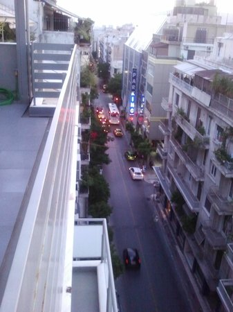 Athens Way : View from the rooftop bar