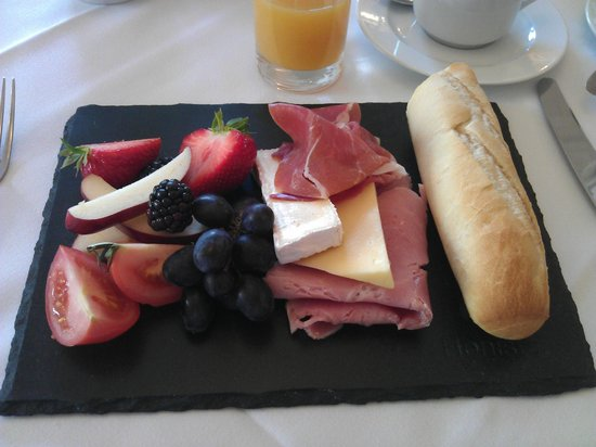 The Leathes Head Country House Hotel: Try the Continental Breakfast, it's superb.