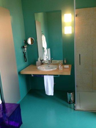 Petronilla Hotel: Il bagno
