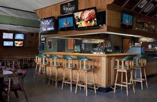 Ramada Plaza Prince George: Coach's Corner Pub