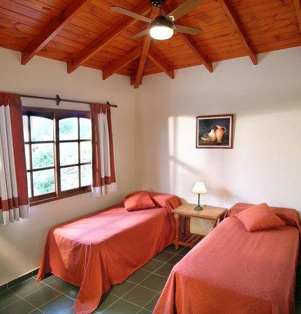 Cabañas Los Granados: Cabaña de 2 dormitorios segundo dormitorio