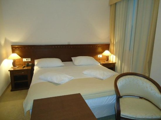 Hotel Katarina: Habitación-sexta piso
