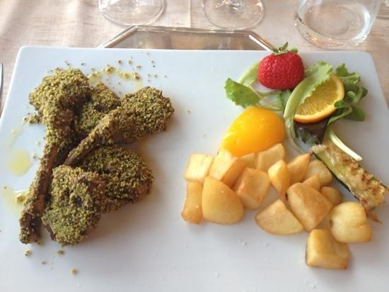 Ristorante Gardesana: delicieuses cotelettes d'agneau !