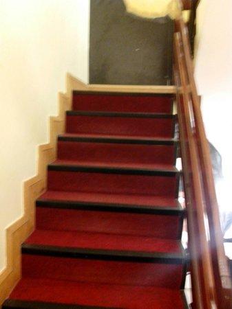 Abigails Hostel: Stairs