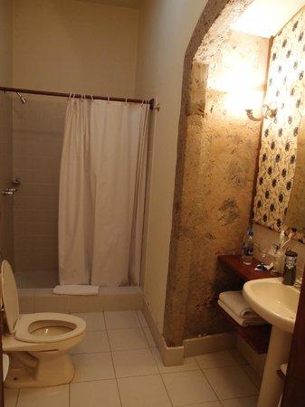 Hacienda La Cienega: salle de bain