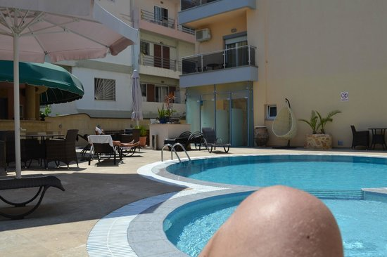 Comfort Hotel: pool