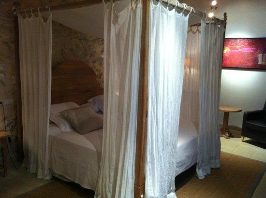 Monnaber Vell : Bedroom