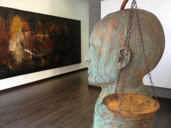Begemot Art Gallery - MOVED