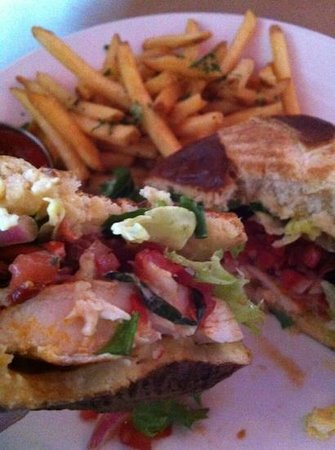 Packrat Louie: blackened free range chicken breast sandwich