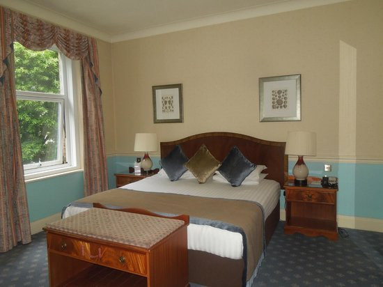 Hallmark Hotel Bournemouth Carlton: Dormitorio