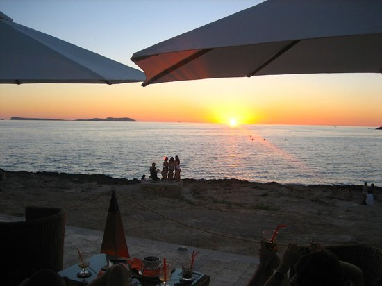 Sunset from our table at Sun Sea Bar.