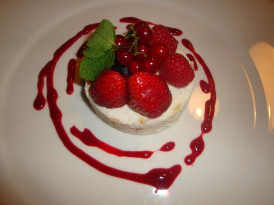 Ragout : Strawberry Meringue