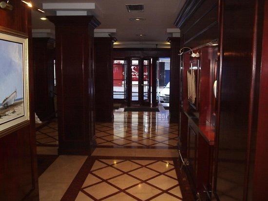 Hotel Lancaster: Hall do hotel