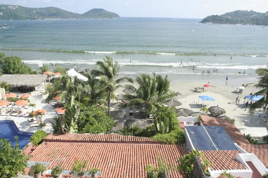Aura del Mar Hotel: View from the top.