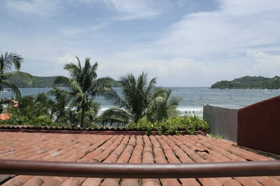 Aura del Mar Hotel: View from my lounge chair in my room.