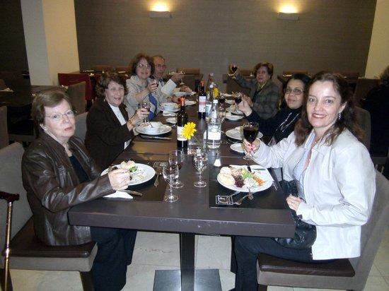 HF Fenix Urban : Jantar no restaurante do hotel