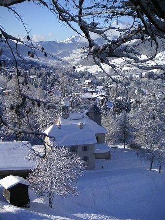 Le Chemin du Calvaire : vue sur Val d'Arly